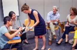 Leading multi-disciplinary teams towards consensus